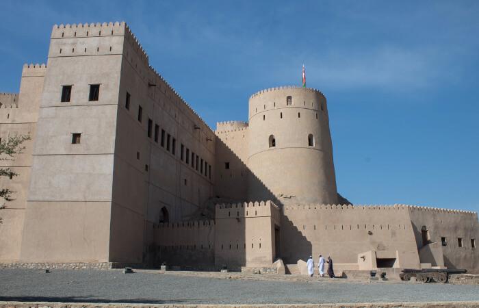 Una giornata nei dintorni di Muscat tra souq e forti